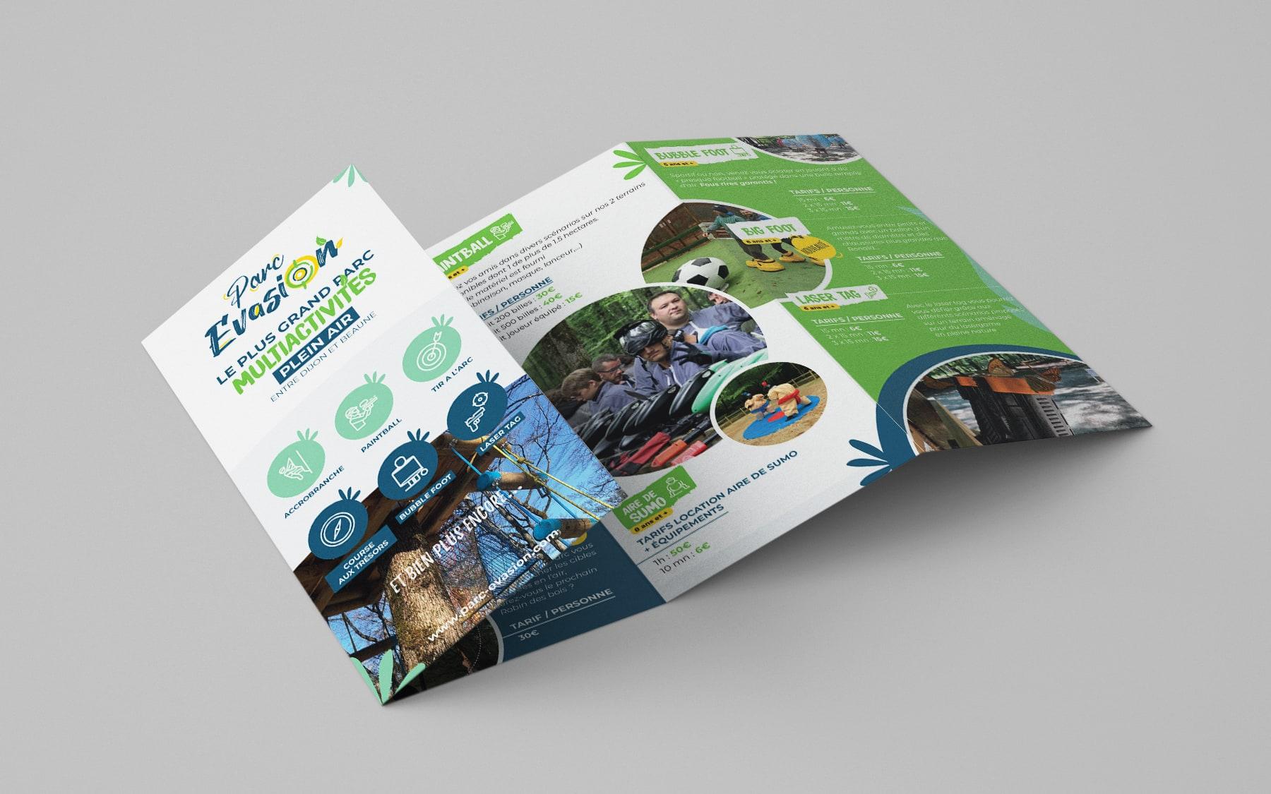 eclolink-agence-web-marketing-dijon-reference-client-parc-evasion-mockup-depliant-4-volets